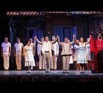 I saluti dal palco del Brancaccio!